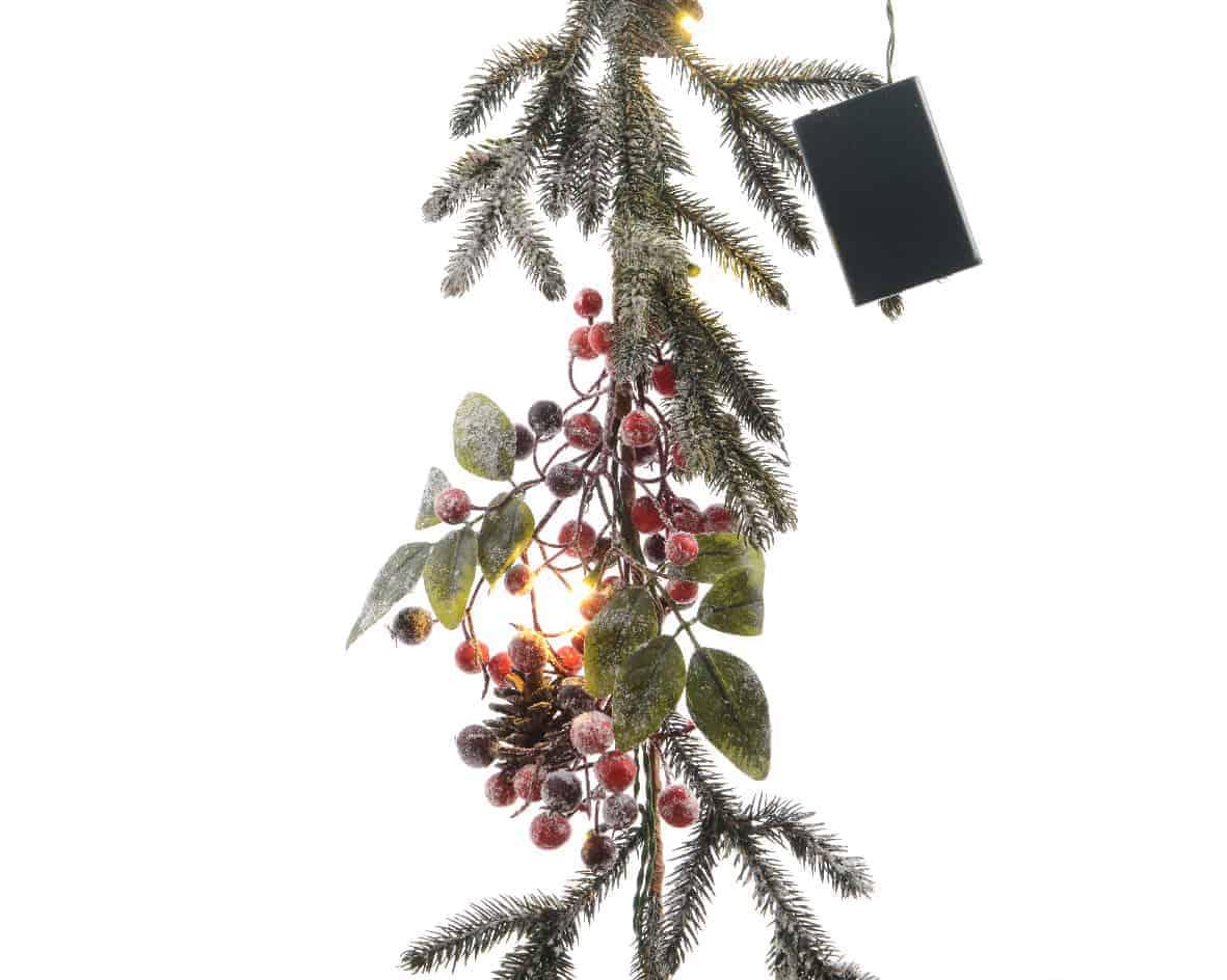 Christmas Garlands & Wreaths | Pre-lit Christmas Garland - Berries ...