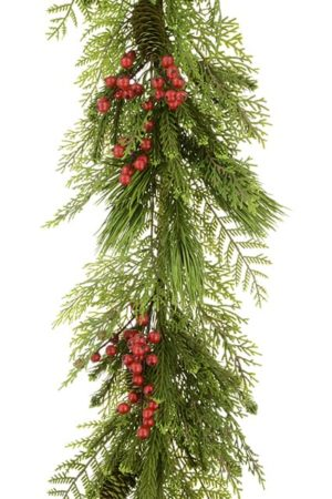 6ft Sanna Pine And Berry Christmas Garland