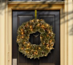 Wreaths Pre-Lit