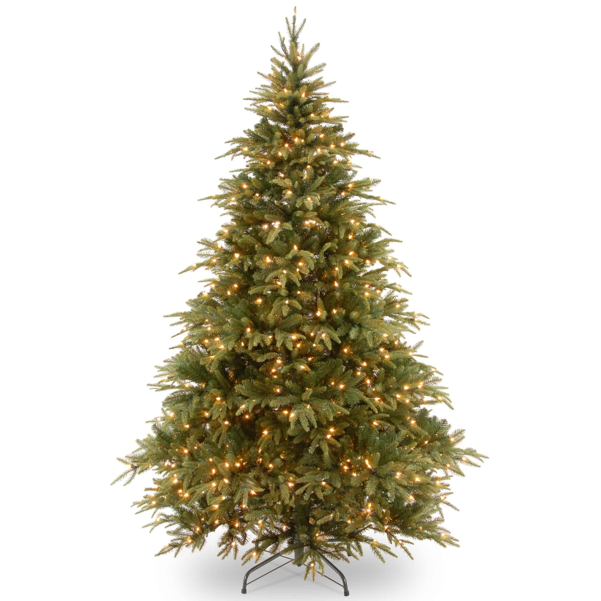 Christmas Tree Clearance.7 5 Ft Warrington Spruce Pre Lit Artificial Christmas Tree Online Only