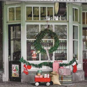 Christmas Wreaths Un-Lit